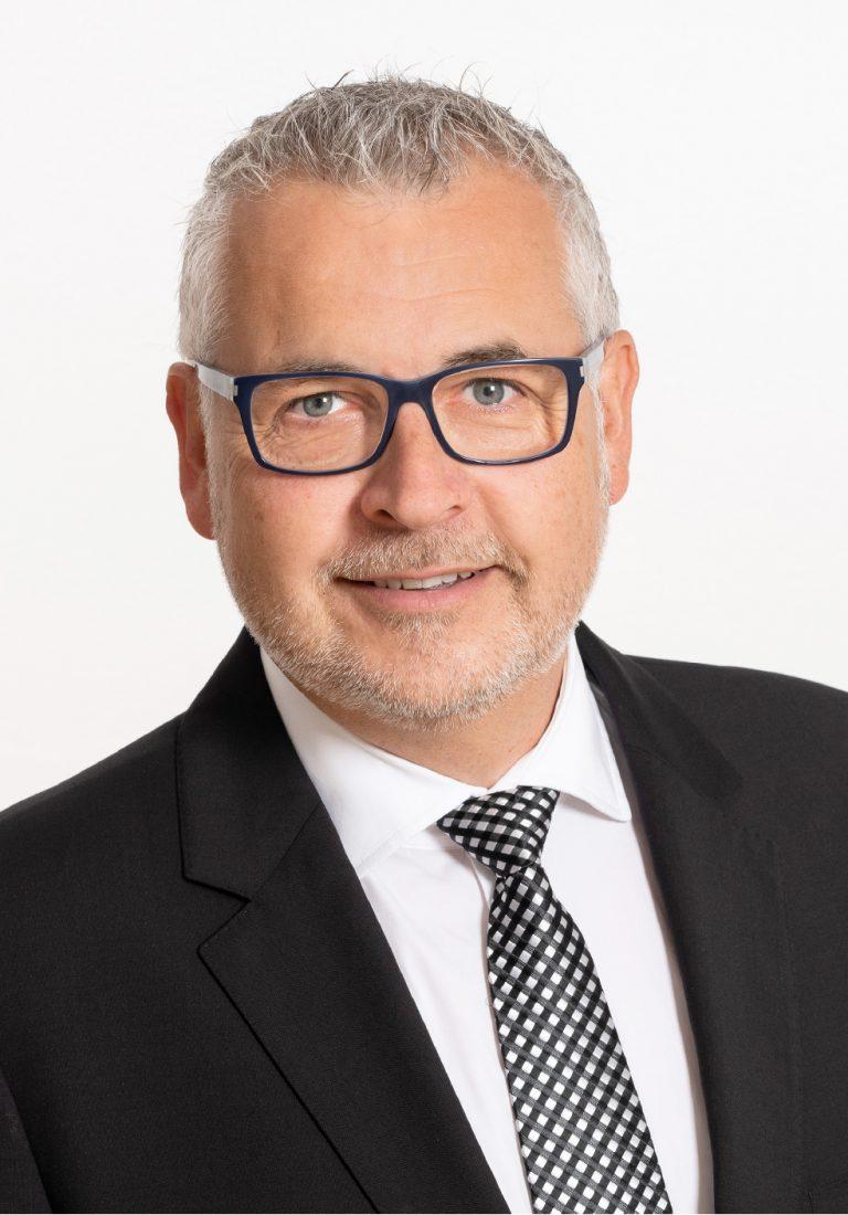 Trauerredner Walter Eder Begräbnis St. Pölten Krems